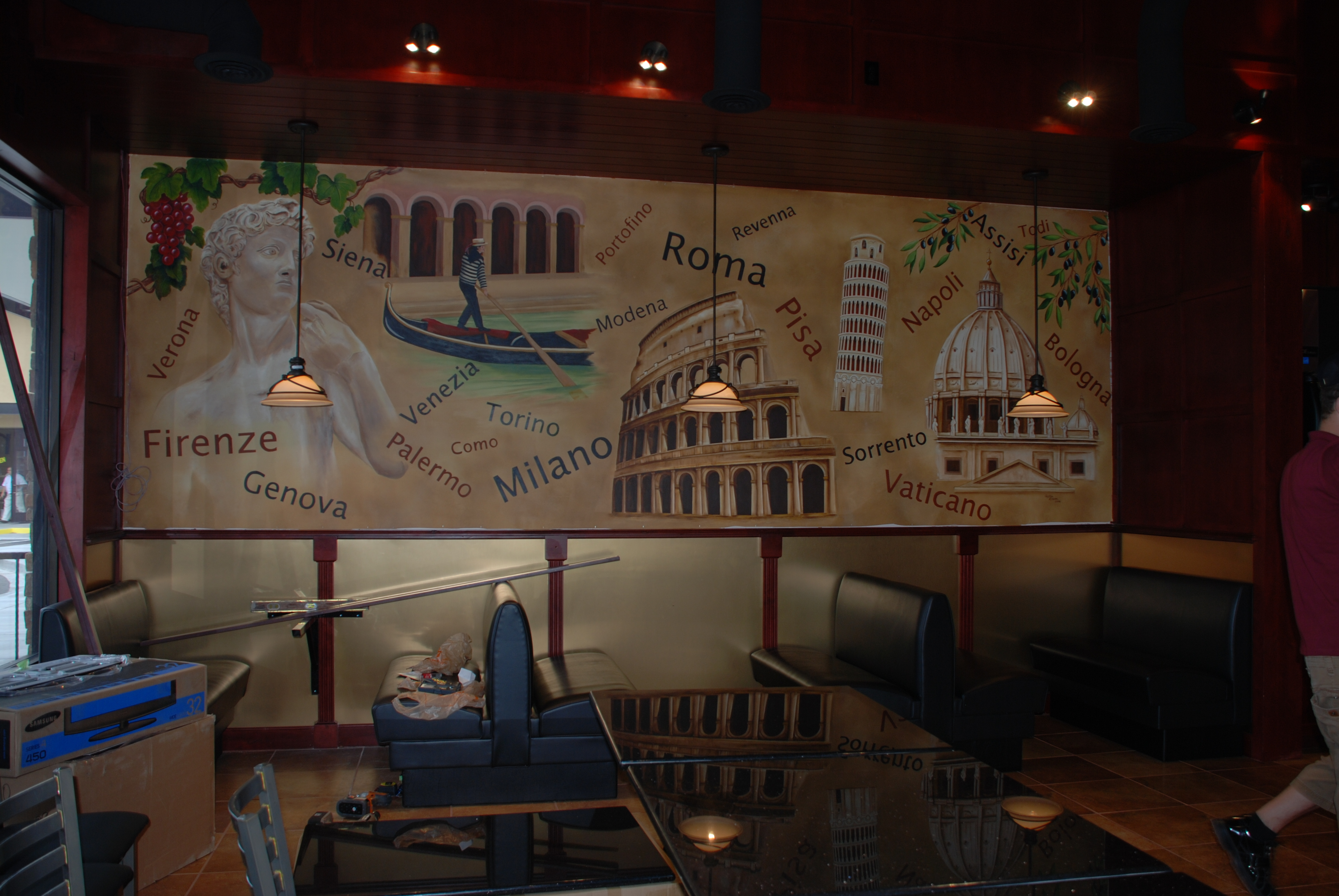 Take a tour of italy with ruthie lowen ruthie lowen for Mural restaurant